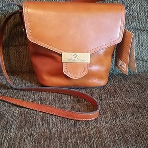 🆕️Patricia Nash Cholet Bucket tan leather bag